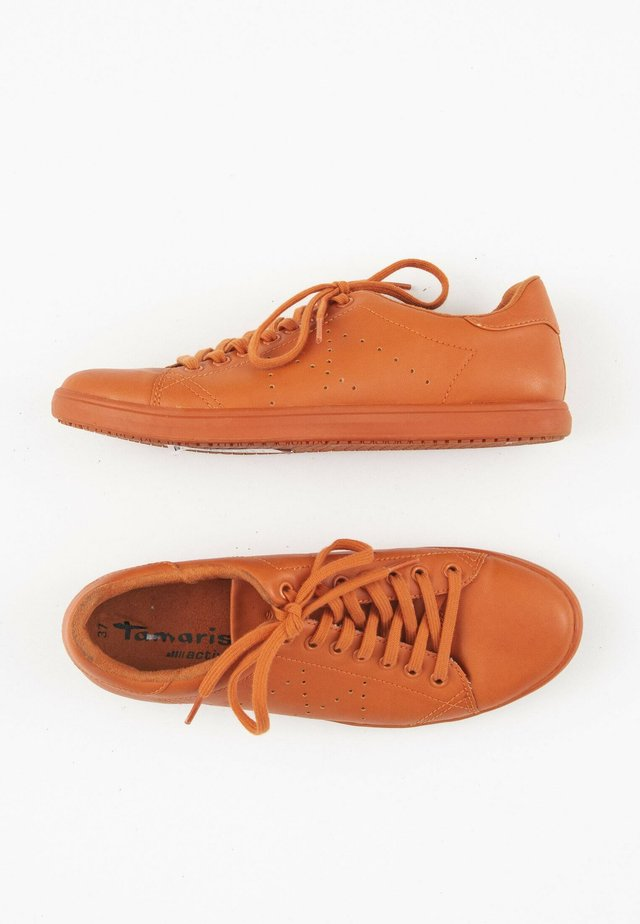 Sneakers laag - orange