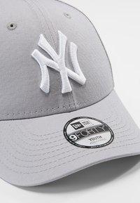 New Era - FORTY MLB LEAGUE NEW YORK YANKEES - Pet - grey - 2