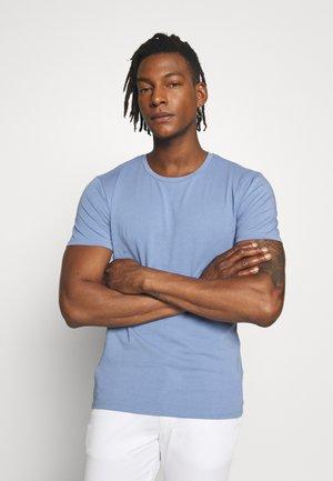 CARLO - Jednoduché triko - blaugrau
