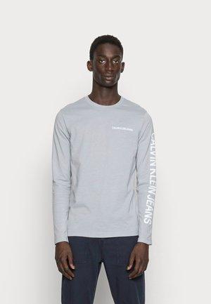 ESSENTIAL INSTIT - Majica z dolgimi rokavi - marble grey