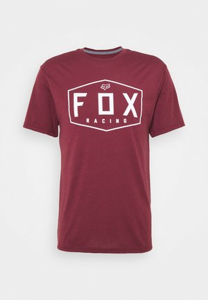 CREST TECH TEE - T-Shirt print - cranberry