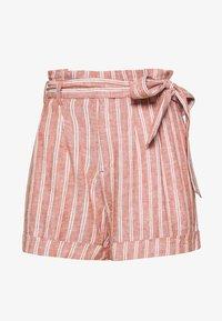 BELTED DAWN - Shorts - auburn
