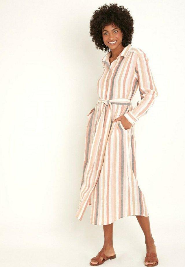 Shirt dress - rose pâle