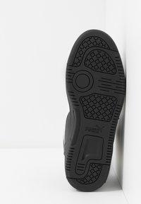 Puma - REBOUND LAYUP UNISEX - Höga sneakers - black/white - 4