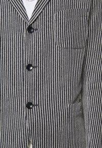 Boglioli - Blazer jacket - dark blue/white - 5