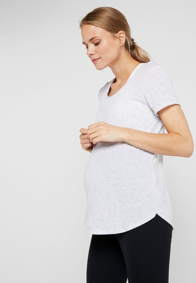 MATERNITY GYM TEE - Camiseta básica - grey marle