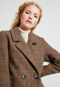 b.young - BYAMANO - Manteau classique - fossil - 4