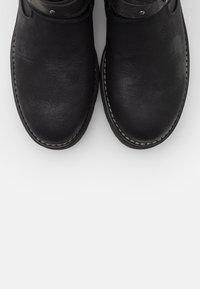 Coolway - REGAN - Cowboy/biker ankle boot - black - 5