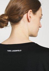KARL LAGERFELD - IKONIK KARL POCKET TEE - Print T-shirt - black - 3
