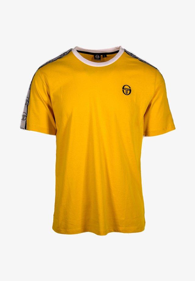 DAHOMA  - T-shirt imprimé - yellow