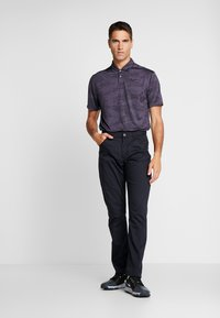 Nike Golf - DRY VAPOR CAMO - Funkční triko - black/gridiron - 1