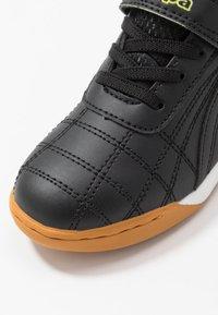 Kappa - FURBO UNISEX - Sports shoes - black/yellow - 2