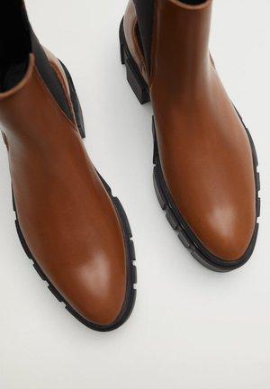 TRACTOR-I - Ankle boots - średni brązowy