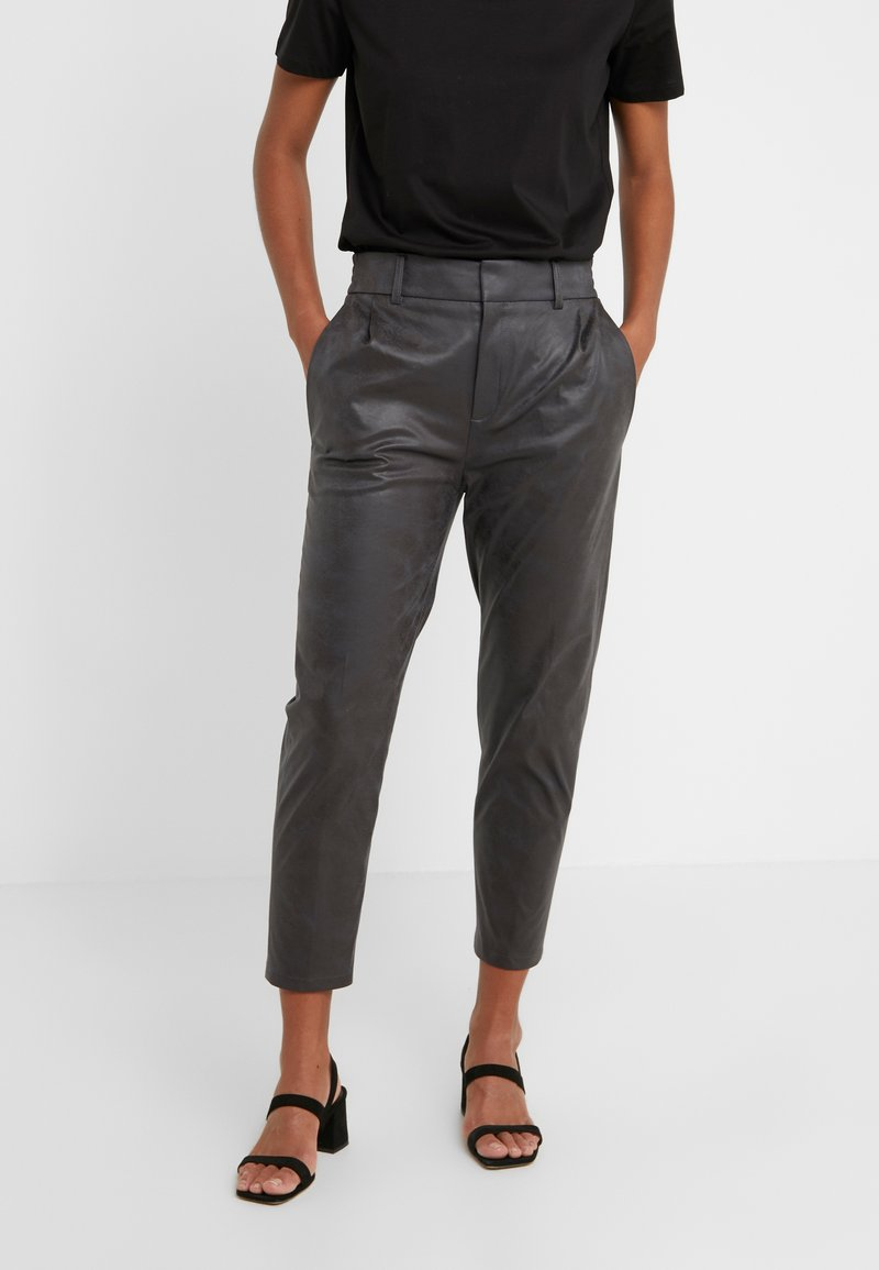 DRYKORN - FIND - Trousers - black