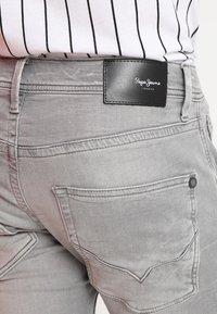 Pepe Jeans - TRACK - Jeansy Straight Leg - 000denim - 4