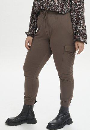 KCSINE  - Reisitaskuhousut - brown