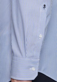 Seidensticker - SLIM FIT - Shirt - blue - 4