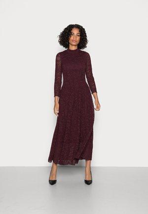 GITTY DRESS - Day dress - bordeaux