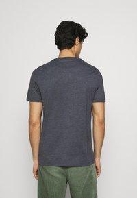 Lyle & Scott - MARLED - T-shirt - bas - dark navy - 2