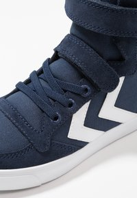 Hummel - SLIMMER STADIL - Zapatillas altas - dress blue - 2