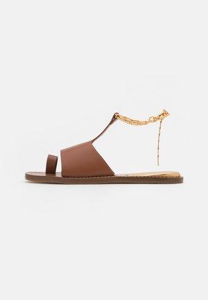 T-bar sandals - camel