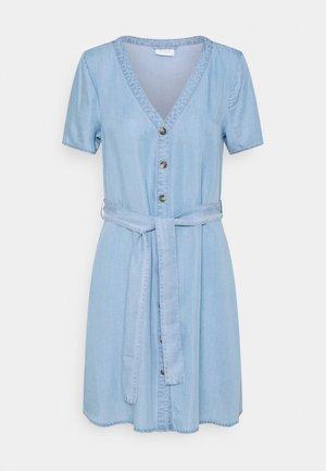 VIMAHIRA GUDNY DRESS - Denim dress - light blue denim