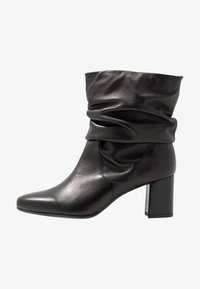 Peter Kaiser Wide Fit - WIDE FIT BAJO - Classic ankle boots - schwarz celia - 1