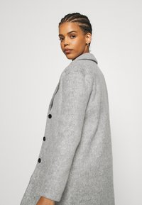 Vila - VIOLLY BUTTON COAT - Zimní kabát - light grey melange - 5