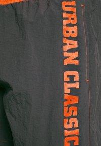 Urban Classics - LOGO SWIM - Plavky - darkshadow - 3