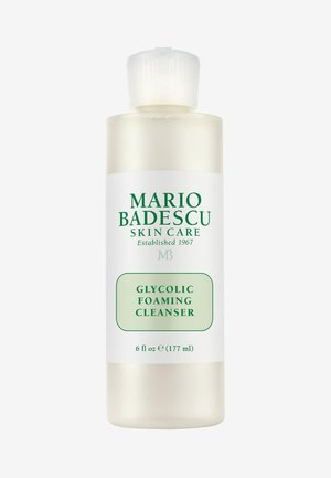 GLYCOLIC FOAMING CLEANSER - Cleanser - -