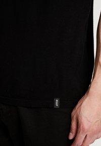 HUF - WOODSTOCK NOBODY CAME TEE - Print T-shirt - black - 5