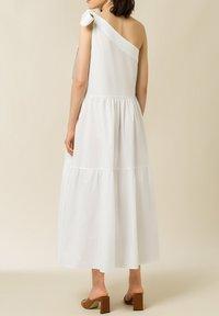 IVY & OAK - Maxi dress - bright white - 1