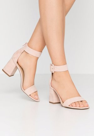 Sandals - dusty pink