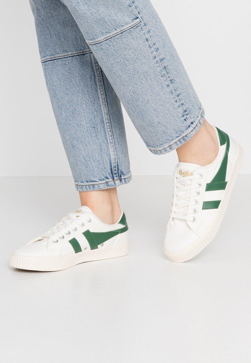 Gola - TENNIS MARK COX - Sneakersy niskie - offwhite/dark green