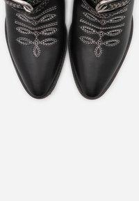 Pinko - RAFANO STIVALE - Cowboystøvletter - black - 6