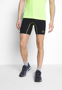 La Sportiva - FREEDOM TIGHT SHORT - Tights - black/yellow - 0