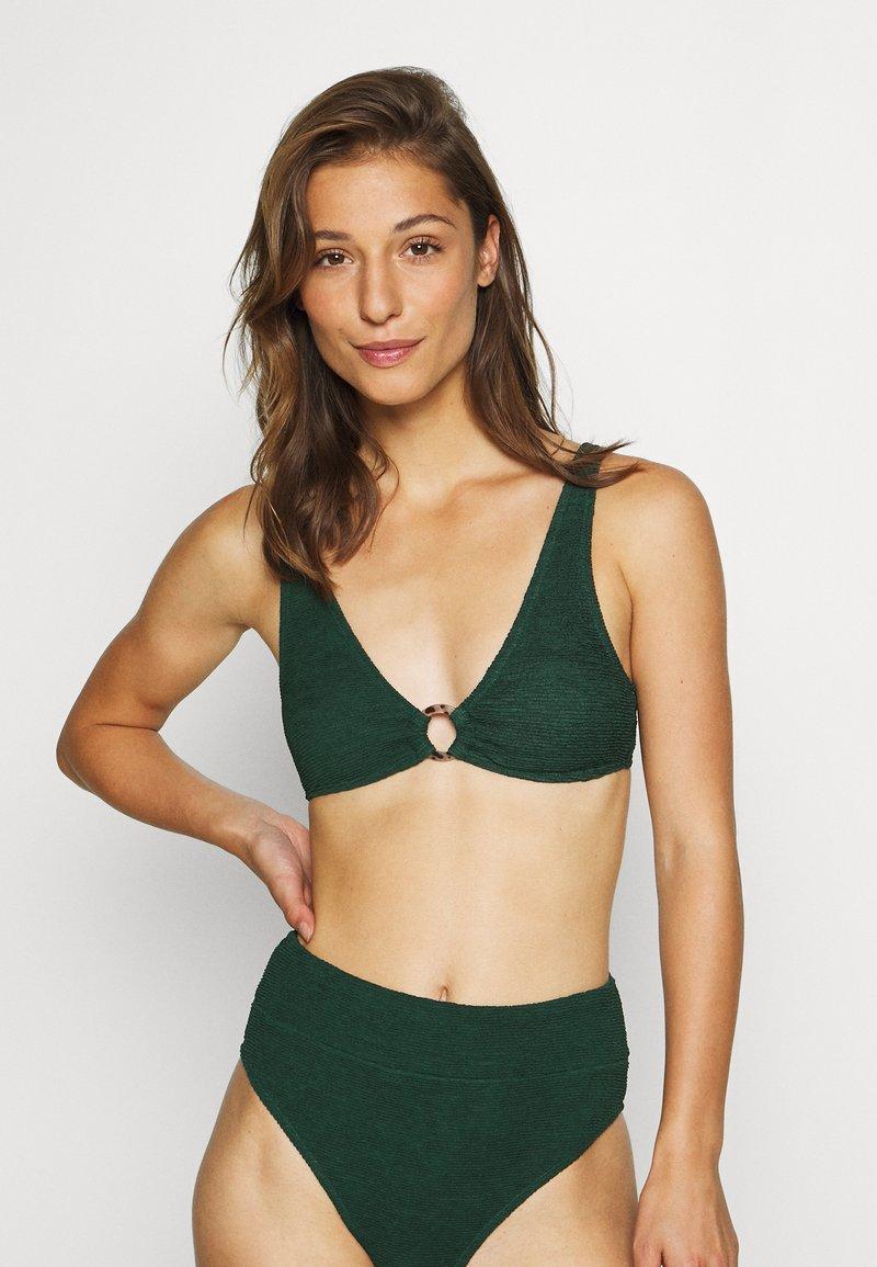 Hunkemöller - INDIO HILLS  - Bikini top - green