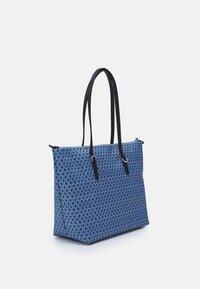 Lauren Ralph Lauren - KEATON TOTE-SMALL - Handbag - blue/off-white - 1