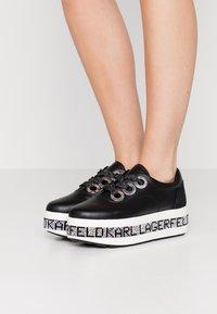 KARL LAGERFELD - KOBO KUP 3 EYE TIE - Sneakers basse - black - 0