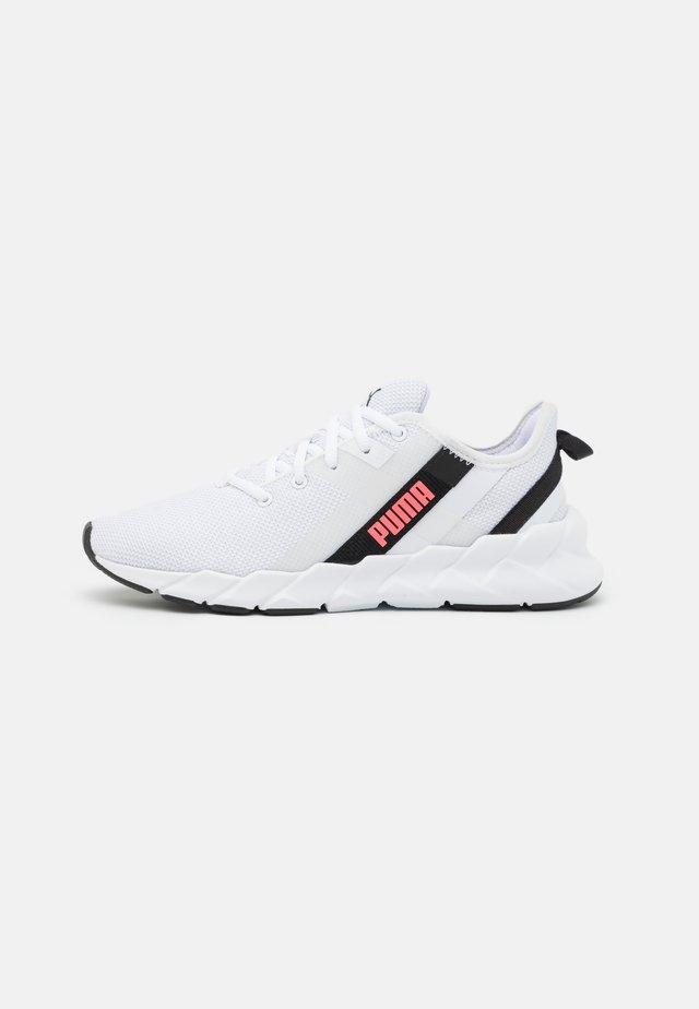WEAVE XT - Stabiliteit hardloopschoenen - white/black/ignite pink