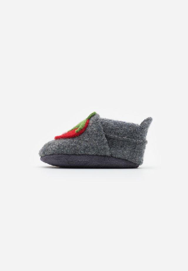 ERDBEERE - Slippers - graphit