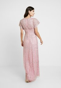 Maya Deluxe - EMBELLISHED V NECK MAXI DRESS - Abito da sera - pink - 3