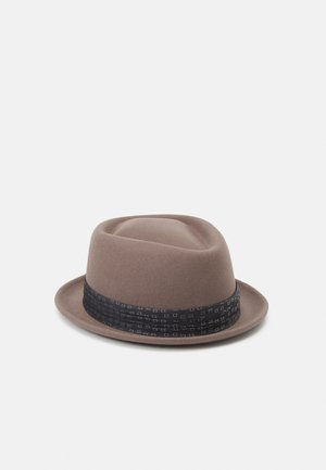 STOUT PORK PIE UNISEX - Hat - pine bark