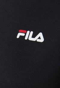 Fila - CAYLIN CROPPED TEE - Basic T-shirt - black - 6