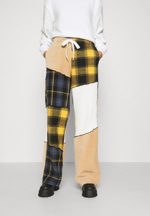 PANELLED WIDE LEG JOGGER MIX CHECK & FABRIC TEXTURES - Pantalones deportivos - multi