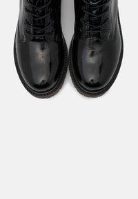 Apple of Eden - SUN - Šněrovací kotníkové boty - black - 5