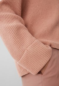 Marc O'Polo PURE - BOXY LONG SLEEVE RAGLAN CROPPED LENGTH - Jumper - winter rose - 4