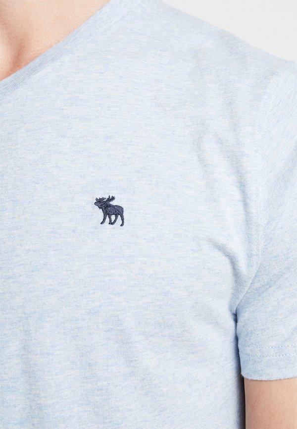 Abercrombie & Fitch NEW FRINGE V NECK 3 PACK - T-shirt z nadrukiem - red/light blue/navy blue/czerwony Odzież Męska BKPT