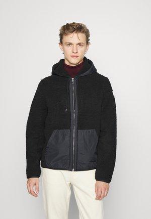 MIX MEDIA HOODIE - Fleece jacket - black