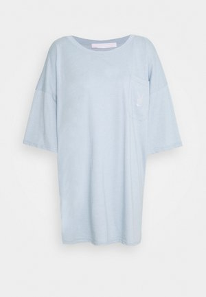 PLAYBOY REPEAT LOGO OVERSIZED POCKET - Camiseta estampada - dusky blue